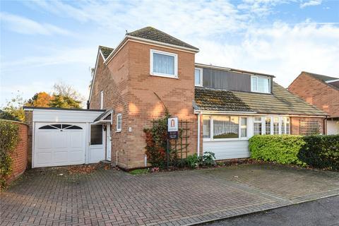 3 bedroom semi-detached house to rent - Falstaff Close, Eynsham, OX29