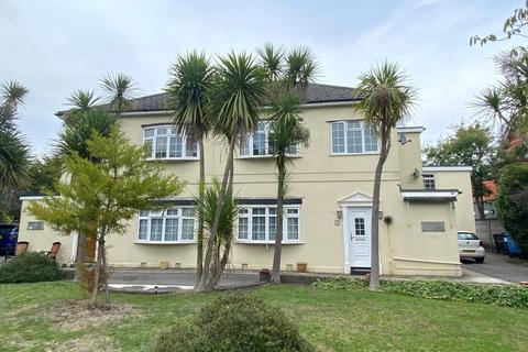 2 bedroom maisonette to rent - Glen Mews, 352-354 Poole Road, Poole, Dorset, BH12