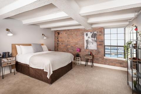2 bedroom flat for sale - Regent Road, Liverpool, L3