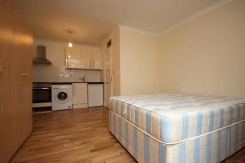 Studio to rent - Norbroke Street, East Acton, London, W12 0QU