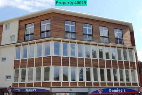 2 bedroom flat to rent - Ward House 24-28, Castle Street, High Wycombe, HP13 6RG