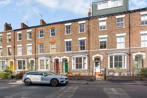 4 bedroom terraced house for sale - Portland Street, York, YO31