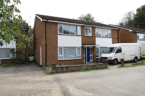 Studio to rent - The Island, West Drayton, UB7