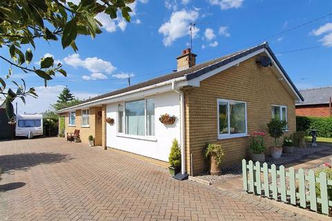 3 bedroom detached bungalow for sale - Forden, Leighton Road, Welshpool