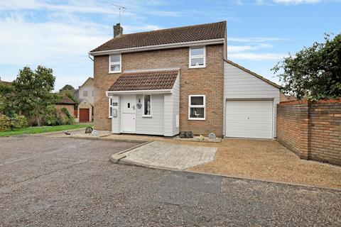 3 bedroom detached house for sale - Yeldham Lock, Chelmsford, CM2