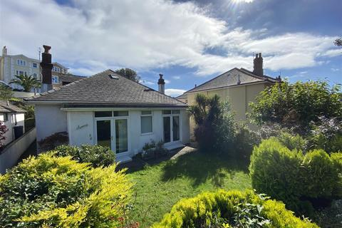 4 bedroom detached house - Avoca Avenue, Torquay