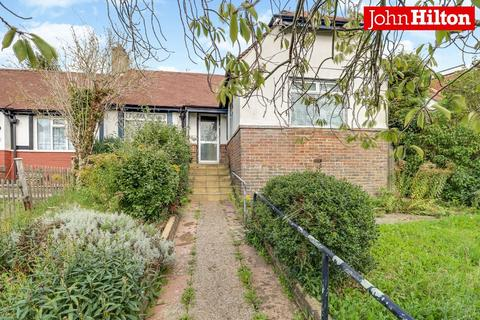 3 bedroom semi-detached bungalow for sale - Carden Crescent, Brighton