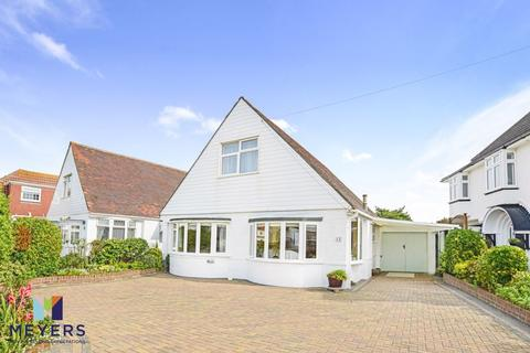3 bedroom bungalow for sale - Avoncliffe Road, Southbourne, BH6
