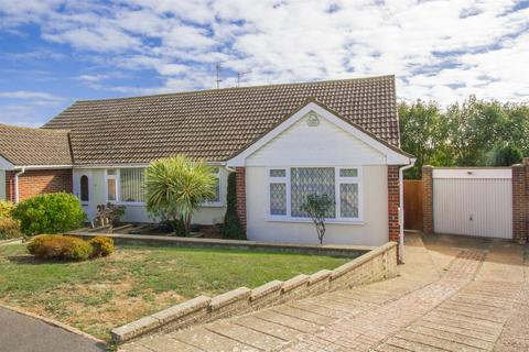 3 bedroom semi-detached bungalow for sale - Valley Drive, Seaford