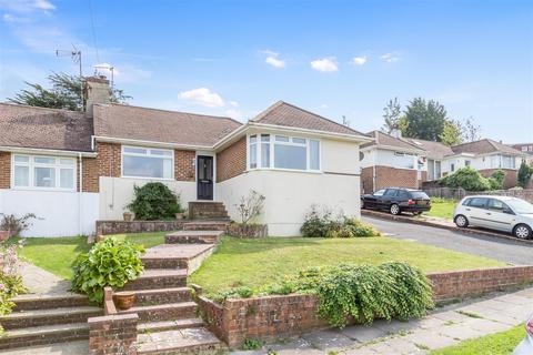 3 bedroom semi-detached bungalow for sale - Wilmington Close, Brighton