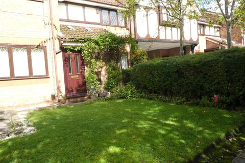 1 bedroom flat to rent - Stamford Court, Ashton-Under-Lyne