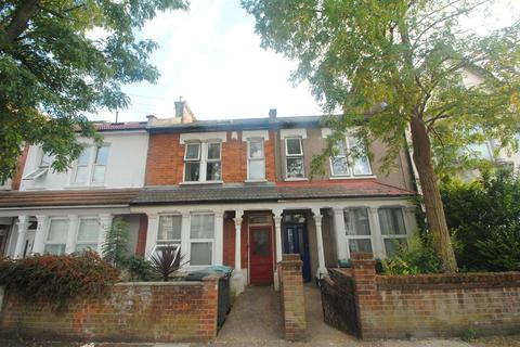 2 bedroom flat to rent - Lascotts Road, Wood Green, London