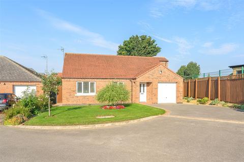 3 bedroom detached bungalow for sale - Brisson Close, Grantham
