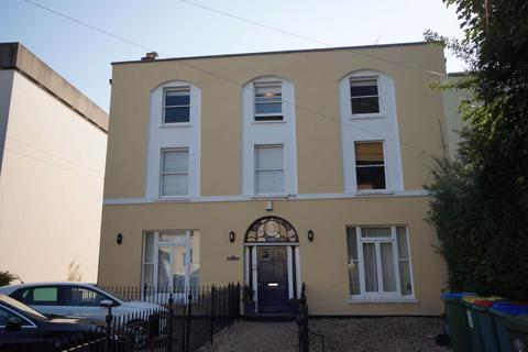 1 bedroom flat to rent - Town Centre GL53 7JT