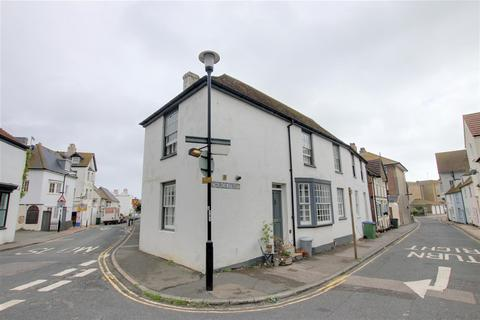 3 bedroom house to rent - Church Street, Seaford