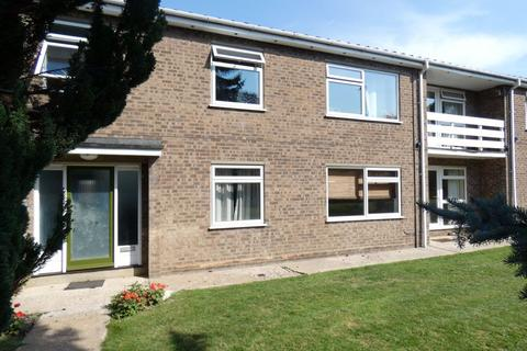 2 bedroom flat to rent - Australia Court, Cambridge