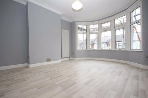 2 bedroom flat to rent - Canterbury Road, Leyton