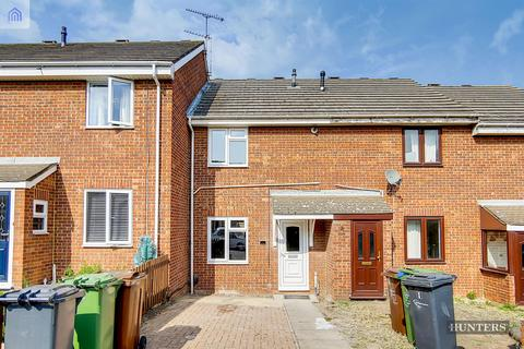 2 bedroom terraced house for sale - Blossom Close, Dagenham, RM9