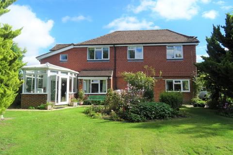 3 bedroom detached house for sale - Winchester Road
