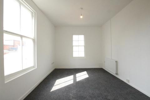 1 bedroom flat to rent - Montpellier Villas, Cheltenham