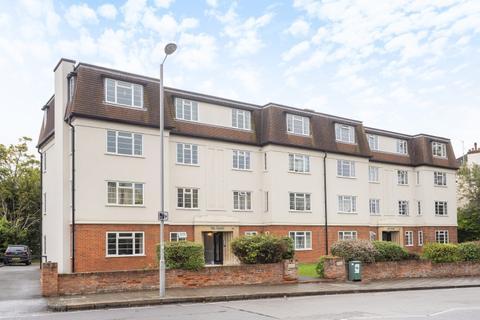 2 bedroom apartment to rent - St. Marks Hill Surbiton KT6