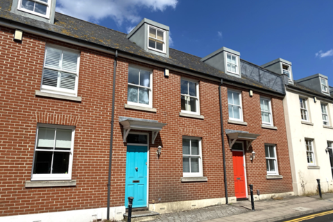4 bedroom terraced house to rent - Portland Street, Brighton BN1 1RN