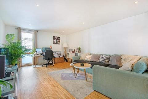 1 bedroom apartment to rent - Wingate Square, SW4