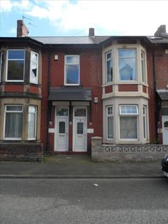 3 bedroom flat to rent - St. Johns Terrace, Percy Main, North Shields, Tyne and Wear, NE29 6HS