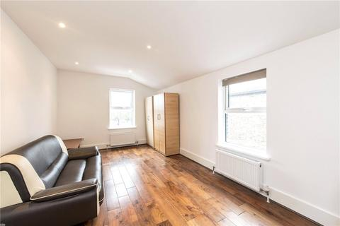 3 bedroom flat for sale - Morrish Road, London, SW2