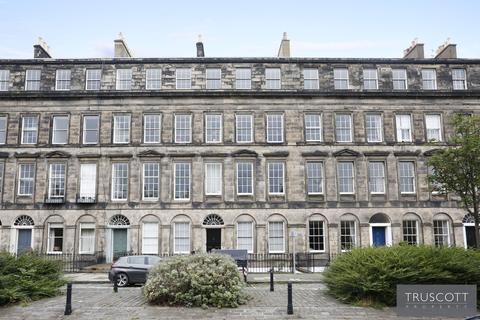 3 bedroom flat for sale - 13 East Claremont Street, New Town, Edinburgh, EH7 4HT