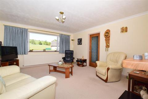 3 bedroom detached bungalow for sale - Canterbury Road, Lydden, Dover, Kent