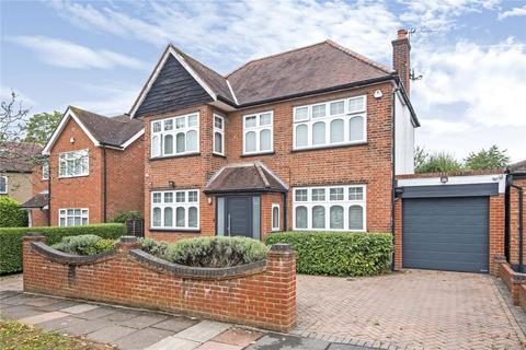 4 bedroom detached house for sale - Croft Gardens, Ruislip, Middlesex, HA4