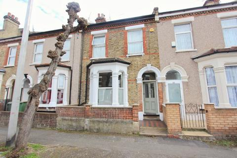 5 bedroom terraced house for sale - Warwick Road, Forest Gate, London E15