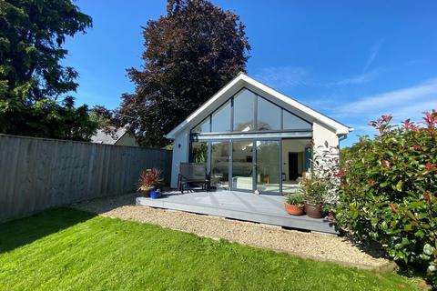 2 bedroom detached bungalow for sale - Landkey, Barnstaple