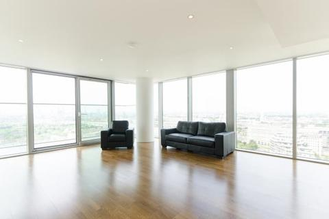 3 bedroom apartment for sale - Flat 2901, Landmark West Tower, 22 March Wall, London, E14 9AL
