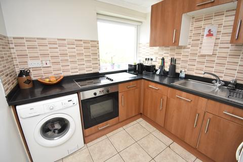 3 bedroom flat for sale - Manor Road Sidcup DA15