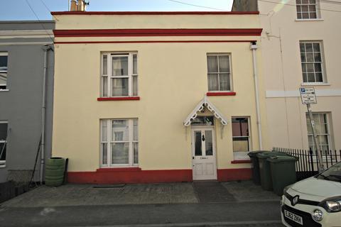 2 bedroom flat to rent - Gloucester Place, Cheltenham GL52