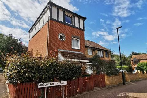 3 bedroom terraced house to rent - Greencroft, Beckton, London, E6 5SY