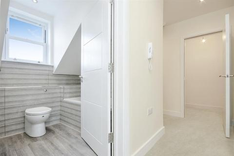 2 bedroom flat for sale - Brailsford House, Queens Road, Bristol, BS13 8PG