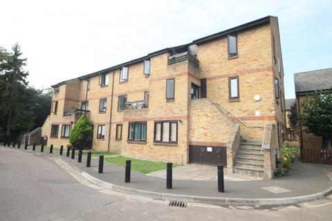 2 bedroom flat for sale - St. Stephens Road, TW3