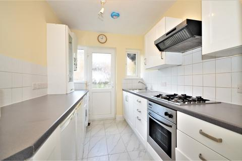 2 bedroom apartment to rent - Palmers Court, Palmers Road, London, N11