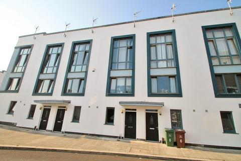 3 bedroom terraced house for sale - Pembroke Lane, Devonport, Plymouth