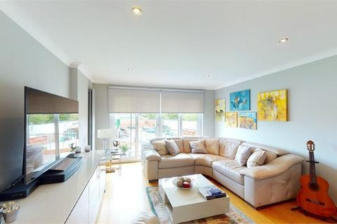 2 bedroom flat for sale - Jersey Road, Hounslow, Middlesex
