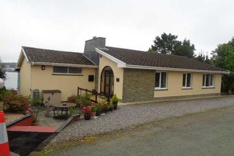 3 bedroom detached bungalow for sale - Gannet's Lodge, Church Hill, Llanstadwell, Milford Haven