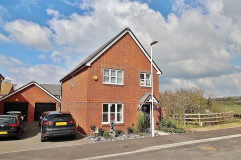 4 bedroom detached house for sale - Bellflower Drive, Worthing, West Sussex, BN13