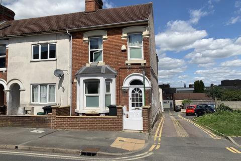 5 bedroom end of terrace house for sale - Crombey Street