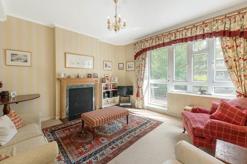 3 bedroom apartment - Wiltshire Close, Chelsea, SW3