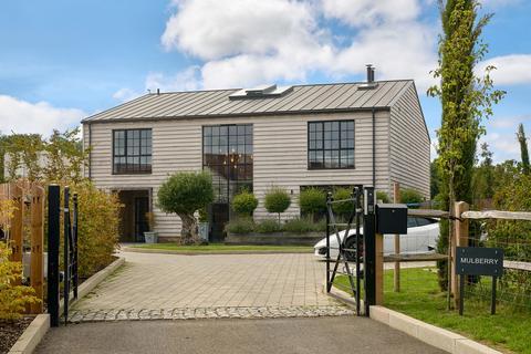 5 bedroom barn conversion for sale - Pitt Lane, Frensham