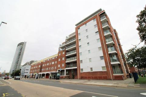 2 bedroom apartment to rent - Queen Street, Portsmouth
