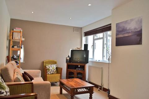1 bedroom flat to rent - Wandsworth Road, SW8